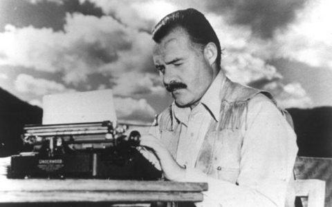 16 προτάσεις βιβλίων από τον Ernest Hemingway
