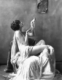 Alfred Cheney Johnston - Billie Dove 1920s