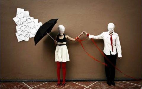 Τρίχες Κατσαρές #11 - Ο έρωτας είναι τυφλός κι ανοιχτομάτες πιάνει
