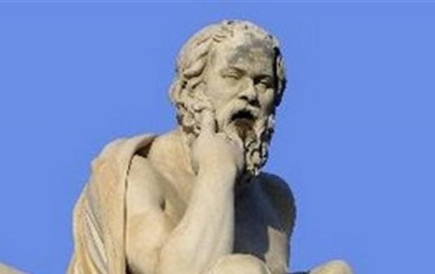 Ποιος ήταν μορφωμένος άνθρωπος για τον Σωκράτη;