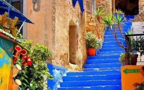 Tρία ελληνικά σοκάκια στα ωραιότερα του κόσμου