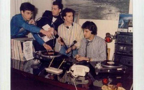 Ραδιοπειρατές «εραστές του ραδιοφώνου»
