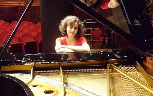 Ευαγγελία Μητσοπούλου, μια Θεσσαλονικιά πιανίστα στο Κάρνεγκι Χολ