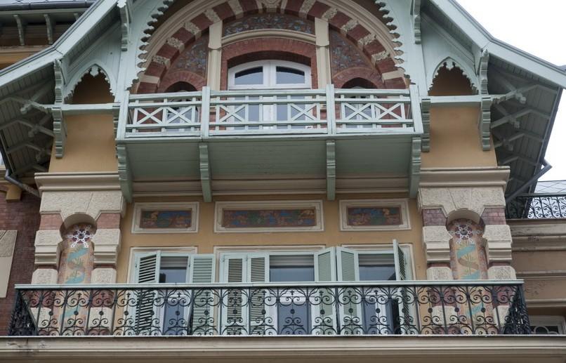 vila-axmet-nato-thessaloniki-04a