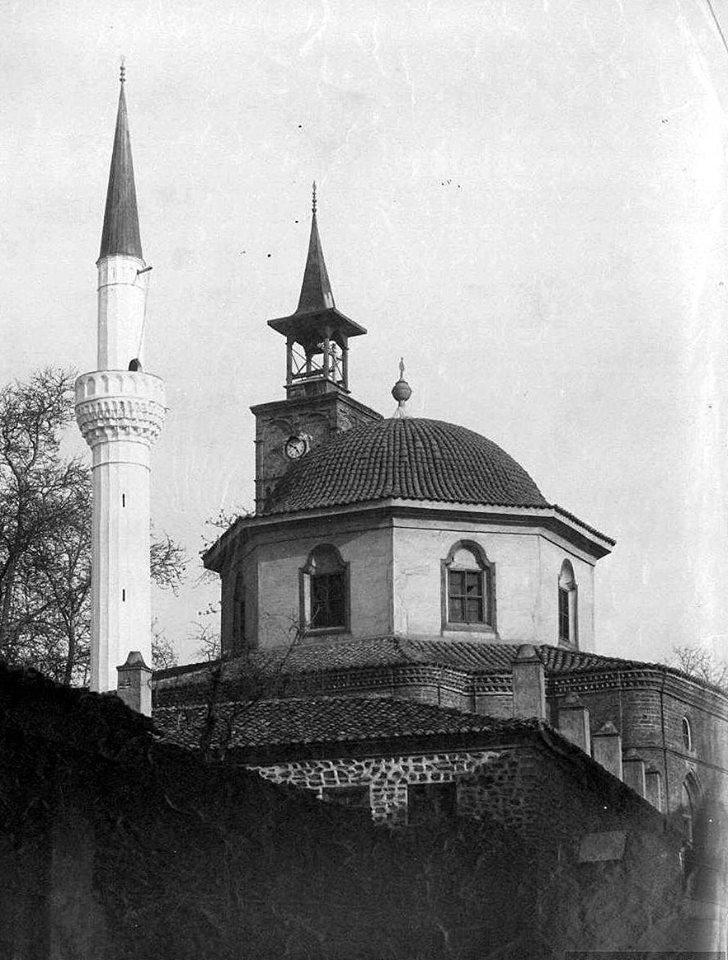 Tzamia-palias-th-Saatli-Camii
