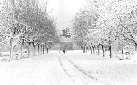 Χιονισμένη Θεσσαλονίκη σε μια μοναδική συλλογή