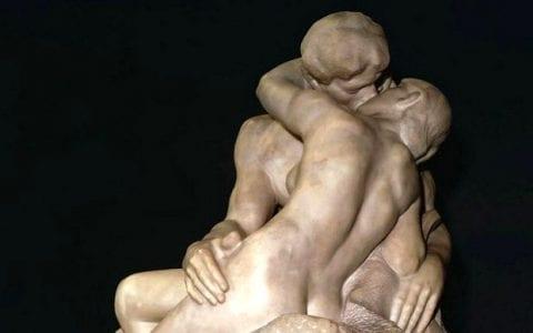 Τα διασημότερα φιλιά στην ιστορία της τέχνης και μικρές ιστορίες