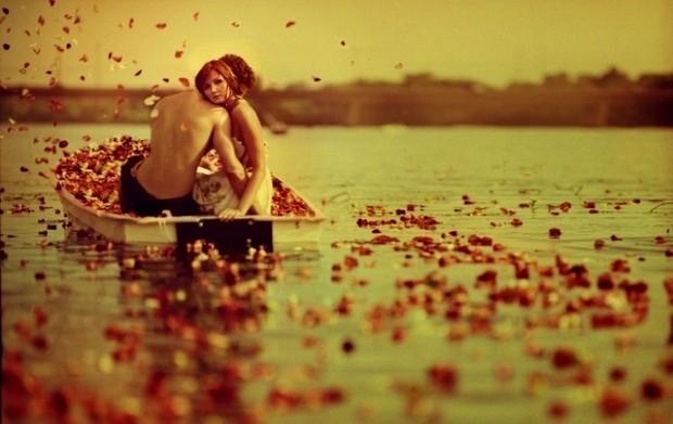Έρωτες που ποντάρουν στην αρχή χωρίς να ονειρεύονται το τέλος, από την Ιωάννα Γκανέτσα