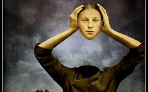Χρόνιοι πονοκέφαλοι, πού οφείλονται και πώς θεραπεύονται