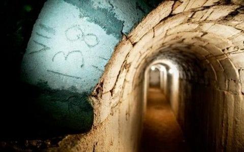 Στα υπόγεια καταφύγια του Κολεγίου Ανατόλια