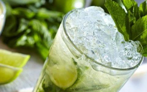Δροσιστική γρανίτα με πράσινο τσάι