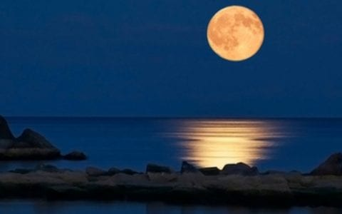 Δωρεάν εκδηλώσεις για το φετινό, αυγουστιάτικο φεγγάρι