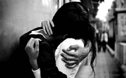 Το μεγάλο θαύμα μιας μικρής αγκαλιάς…