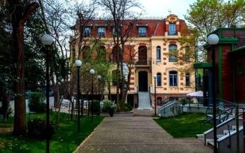 Βίλα Γιακό Μοδιάνο, σημερινό Λαογραφικό Μουσείο