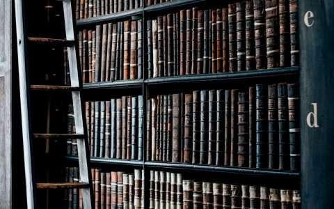 Κατεβάστε δωρεάν 29 λεξικά!