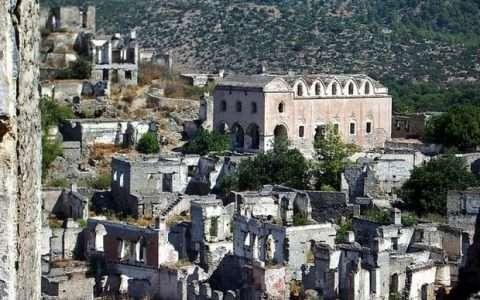 Οδοιπορικό στην ελληνική πόλη Λιβίσι στην Λυκία (ΝΔ Τουρκία)