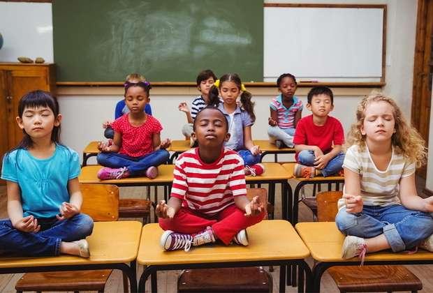 Σχολείο αντικαθιστά την τιμωρία με διαλογισμό! Τα αποτελέσματα εκπλήσσουν!