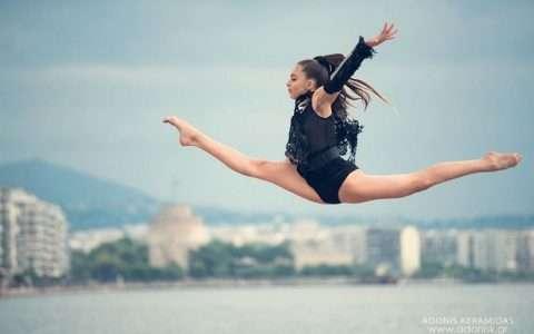 Θεσσαλονίκη και χορευτική αποτύπωση της κίνησης, από τον Αντώνη Κεραμιδά