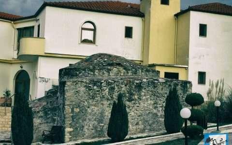 Ταξίδι: Λουτρά στο Άγκιστρο, Οχυρό Ρούπελ