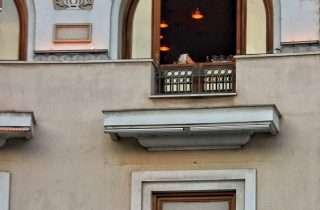 ©Πάνος Καραδούκας: στο Δωμάτιο με θέα, στην Αριστοτέλους