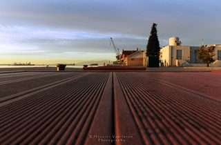 ©Effrosini Vasilarou: στο άδειο Λιμάνι ξημέρωμα