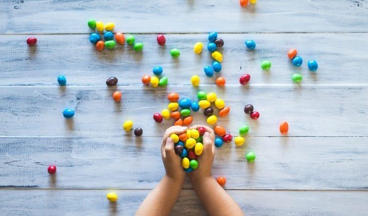Πως να μάθετε το παιδί σας να τα τρώει όλα