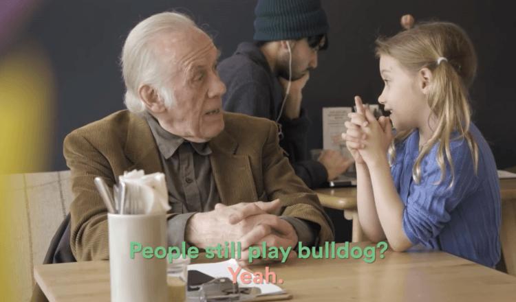 «Πιο εύκολα κάνεις φίλους από το να φας μια σοκολάτα»: Το απίστευτο video κατά της μοναξιάς