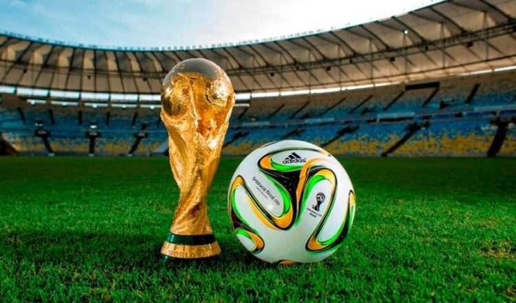 Ποιος είπε ότι οι γυναίκες δε μπορούν να καταλάβουν την μαγεία του ποδοσφαίρου;