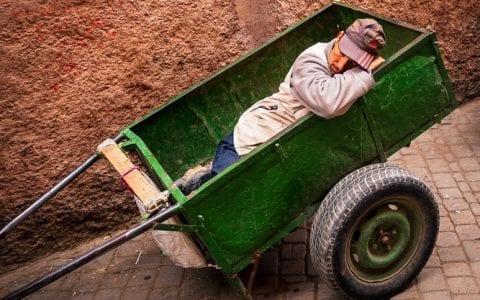 Aυτά είναι τα 5 επαγγέλματα που οι εργαζόμενοι δεν κοιμούνται αρκετά!