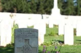Κοινοπολιτειακό Στρατιωτικό Κοιμητήριο Εξοχή @Sotiris Patsatzakis