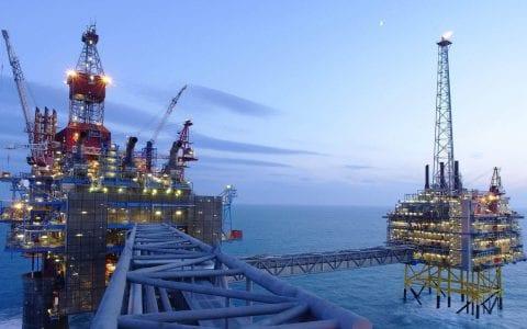 Η εξόρυξη υδρογονανθράκων απειλεί τη θαλάσσια ζωή στα ελληνικά ύδατα