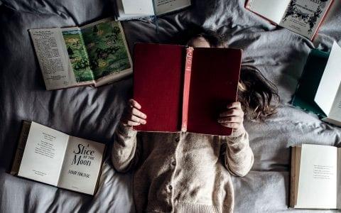 Λογοτεχνικό βιβλίο και παιδί: σχέση ανάγκης ή άσκοπη πολυτέλεια;