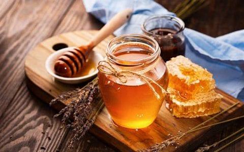 Πως να διαγνώσετε απλά και γρήγορα εάν το μέλι σας είναι νοθευμένο