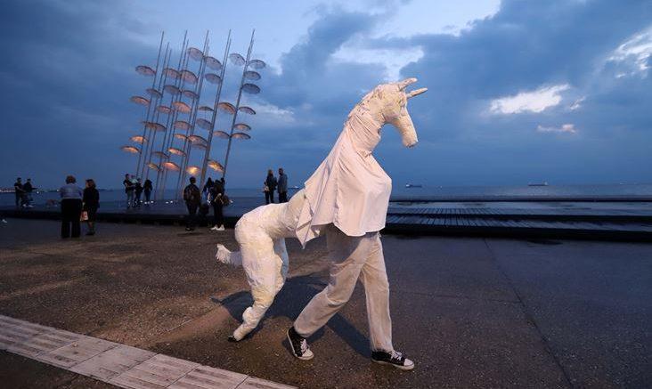 """300 νέοι καλλιτέχνες από 10 χώρες υπόσχονται ότι θα """"αναστατώσουν"""" τη Θεσσαλονίκη"""