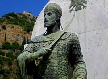 Εάλω η πόλις – παρθέν η Ρωμανία