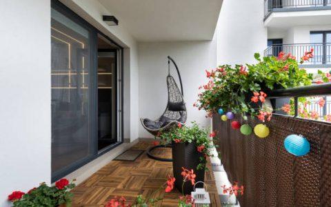5 ιδέες για να κάνεις το μπαλκόνι σου ιδανικό καλοκαιρινό spot