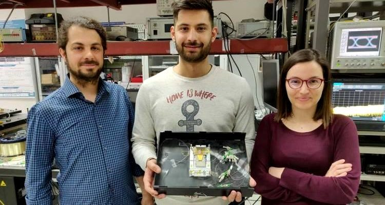 Έλληνες φοιτητές του ΑΠΘ έφτιαξαν την ταχύτερη μνήμη RAM στον κόσμο