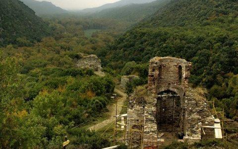 Κάστρο της Ρεντίνας: ένας άγνωστος θησαυρός της Μακεδονίας