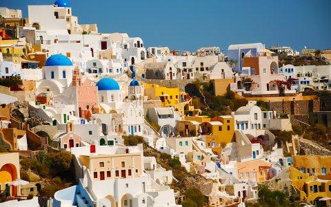 5+1 βιβλία με άρωμα από τα ελληνικά νησιά