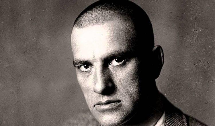 Βλαντιμίρ Μαγιακόφσκι: Ο νυμφίος της Επανάστασης, του Έρωτα και του Θανάτου