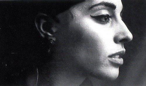 """Φλέρυ Νταντωνάκη: Η φωνή του Μεγάλου Ερωτικού """"σιώπησε"""" σαν σήμερα"""