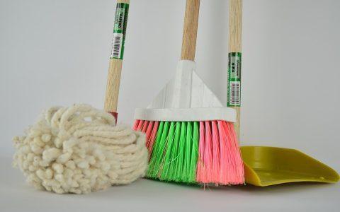 20 τρόποι για να κάνεις το σπίτι σου ν' αστράφτει σε λίγα λεπτά!