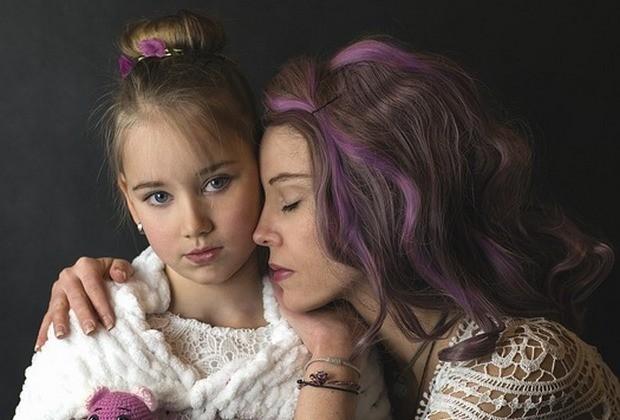 Όταν μιλάμε για «καλή μητέρα» εννοούμε την «αυτο-θυσιαζόμενη» μητέρα;