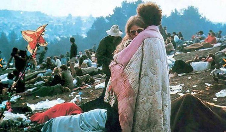 50 Χρόνια Woodstock: Ένα διήμερο ταξίδι στο φεστιβάλ που καθόρισε την ιστορία της ροκ