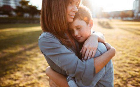Πως δημιουργούμε κλίμα ειλικρίνειας και εμπιστοσύνης με τα έφηβα παιδιά μας