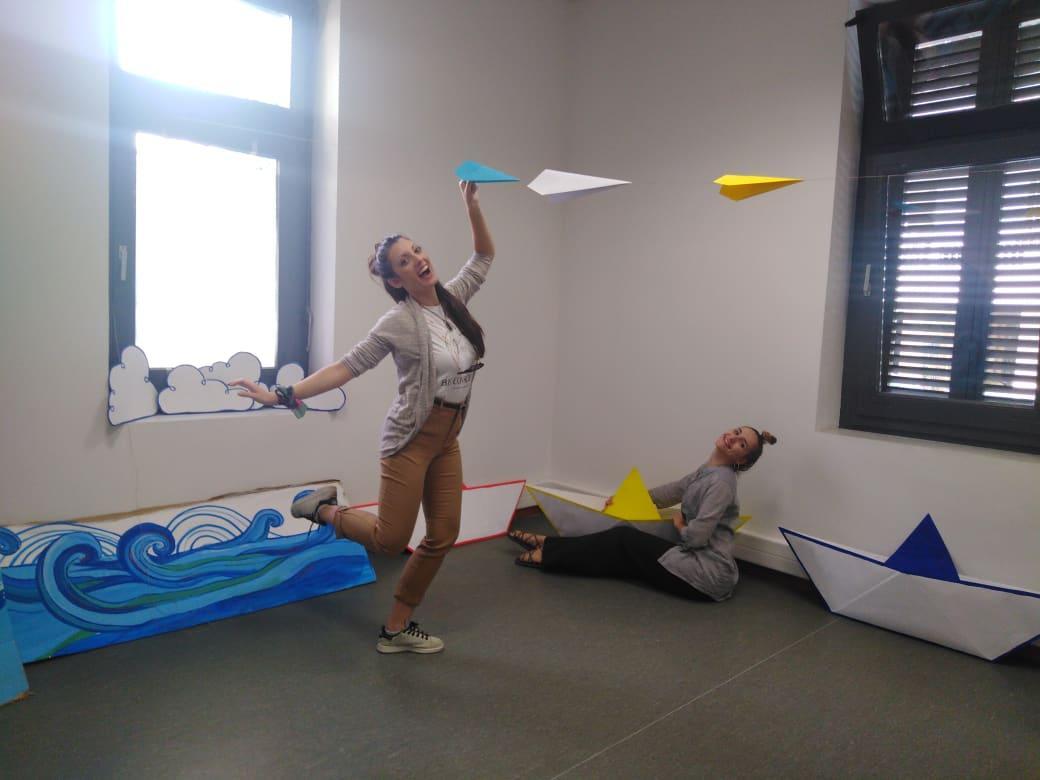 Μικρός Βορράς: Ένα θεατρικό εργαστήρι για παιδιά, που μοιάζει με πολύχρωμη αγκαλιά