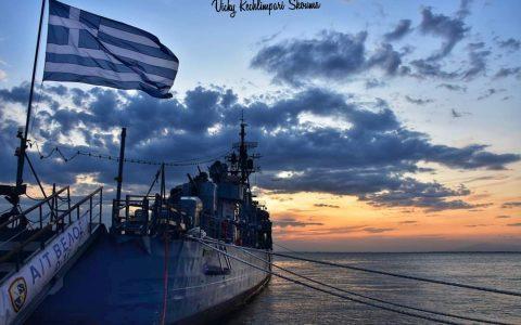 """Το θρυλικό αντιτορπιλικό """"Βέλος"""" στη Θεσσαλονίκη, σε μια εξαιρετική φωτογραφική παρουσίαση"""