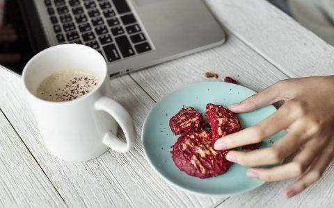 4 τρόποι για να ετοιμάζεσαι πιο γρήγορα το πρωί