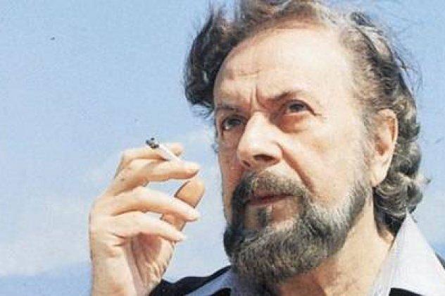 Γιάννης Ρίτσος | 7 έργα του ποιητή της Ρωμιοσύνης