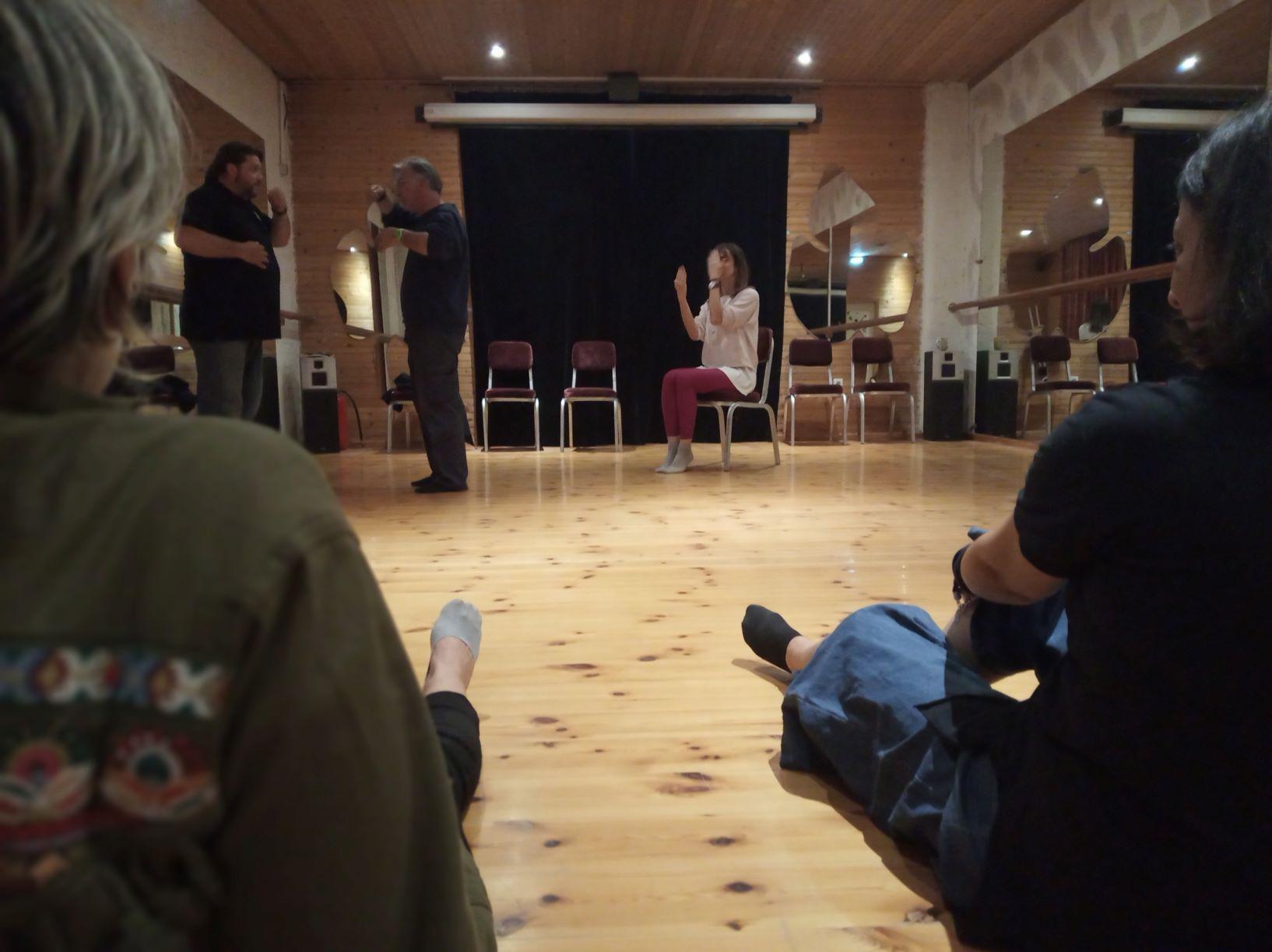 """Η Φωτεινή Βελκοπούλου μιλά για τη θεατρική ομάδα """"ΑΠΟ-ΔΡΑΣΗ"""""""